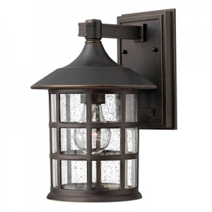 This One Light Wall Lantern is part of the Freeport Collection and has an Oil Rubbed Bronze Finish.